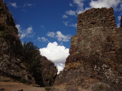 Las Ruinas de Pisaq. Yes, the sky was that blue blue blue.