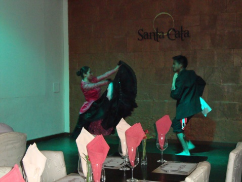 We went to a really nice dinner in Cuzco, which included dancing. The first pair did a flamenco-like dance.