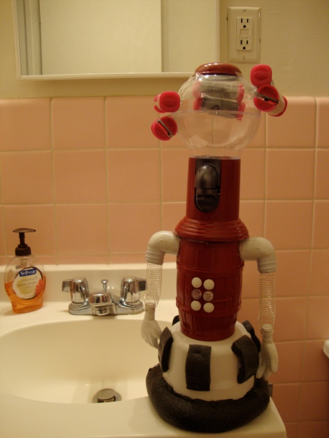 Tom Servo: Stylish